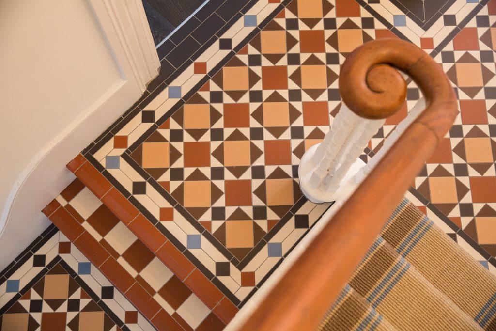 original style victorian tiles rust buff black brown